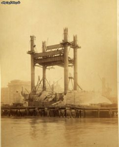 Never-Seen-Before-Construction-Pictures-of-Tower-Bridge-002