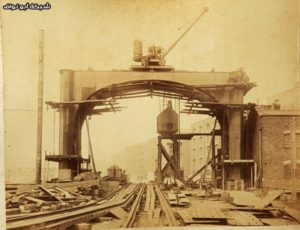 Never-Seen-Before-Construction-Pictures-of-Tower-Bridge-003
