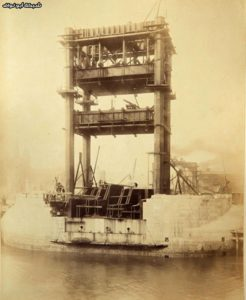 Never-Seen-Before-Construction-Pictures-of-Tower-Bridge-004