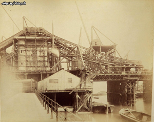 Never-Seen-Before-Construction-Pictures-of-Tower-Bridge-012