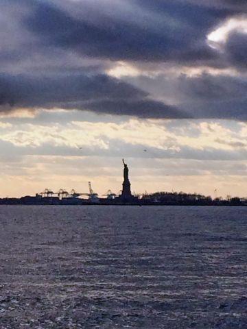 تمثال الحرية و ينصح بالحجز مبكراً قبل شهرين تقريباً