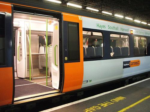 قطار مطار لندن هيثرو