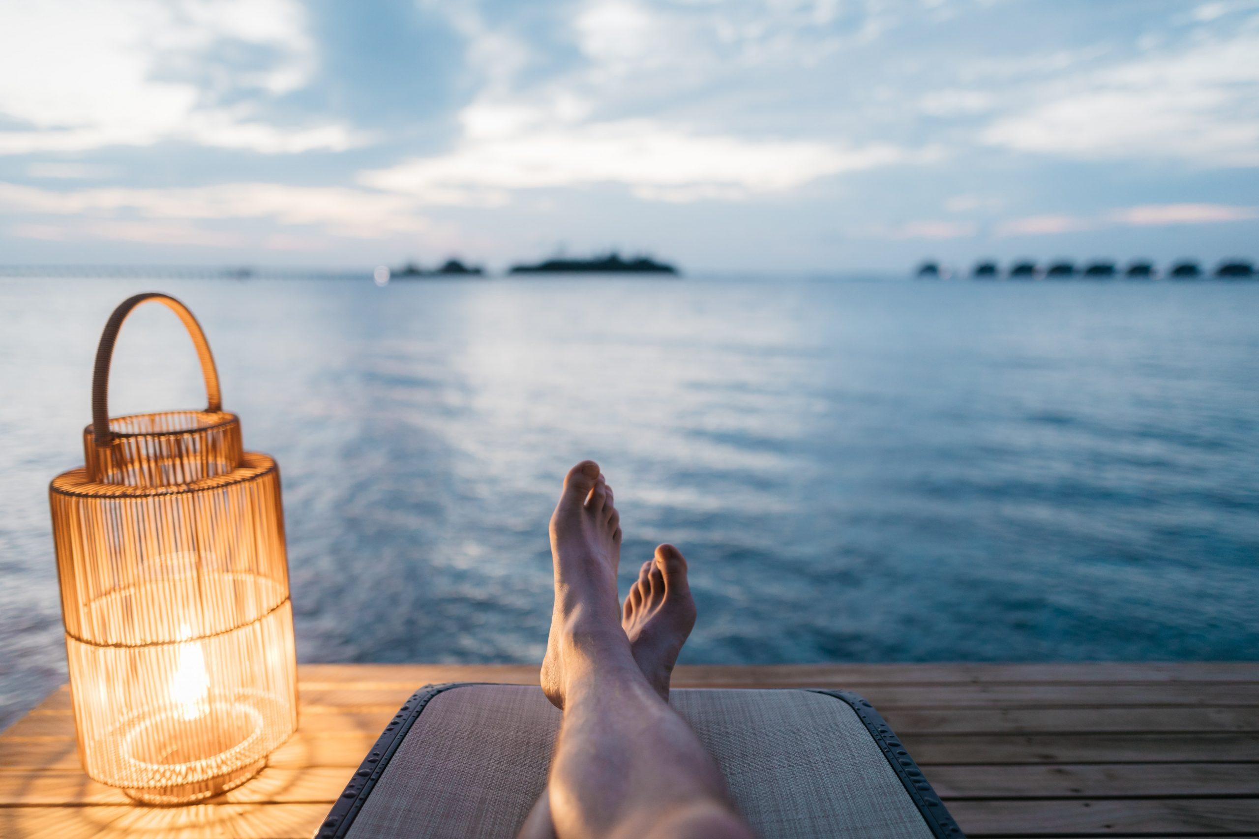 كيف تقضي شهر العسل في المالديف معلومات فنادق منتجعات ترافيل ديف