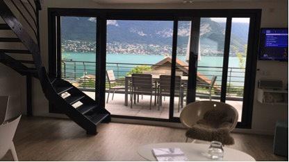 annecy1 شقة رائعة في آنسي مطلة على البحيرة