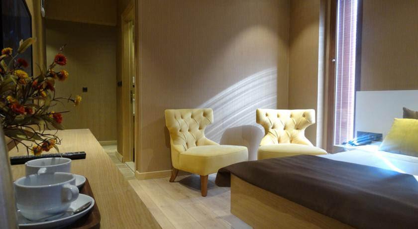 فندق وبنغل حسين اينان اوزنجول