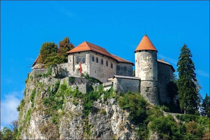 قلعة بليد
