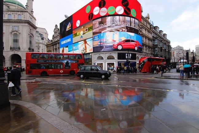 بيكاديلي لندن