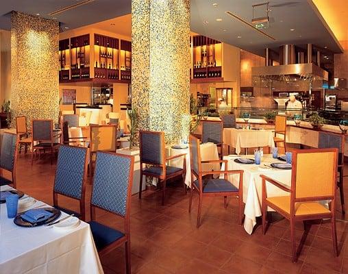 مطعم القصر، شاطئ دبي مارينا509287-3072-20362alsh3er