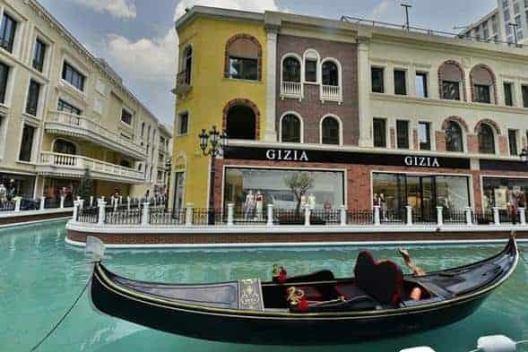 1488346885-1624-060238-0522-7 افضل ١٢ مول واوتلت في اسطنبول تستحق الزياره