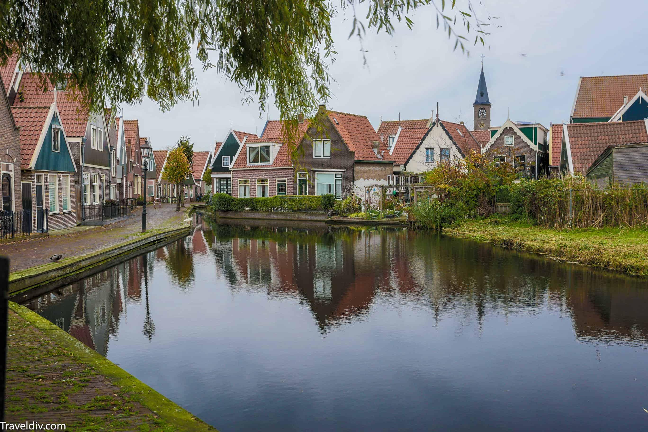 قرية فولندام