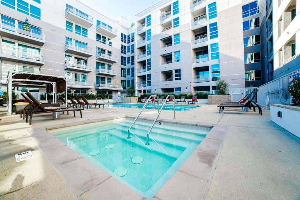 55 افضل فنادق لوس انجلوس مع مجموعة من الشقق المميزة في مناطق امنة للسكن