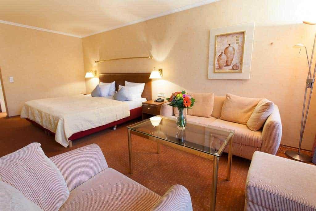 غرفة النوم في فندق كولينهوف صوفيا