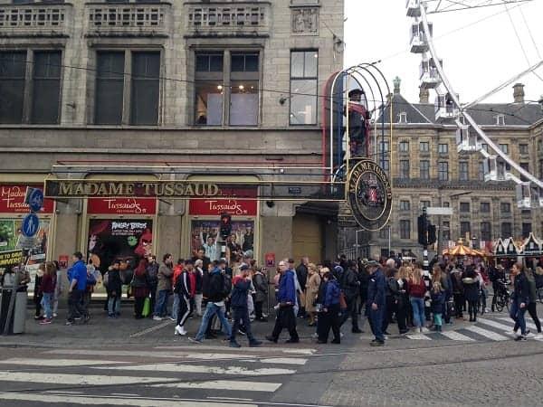 تقرير رحلتي الى امستردام مدينة الحب في هولندا مع جدول سياحي لسبعة ايام