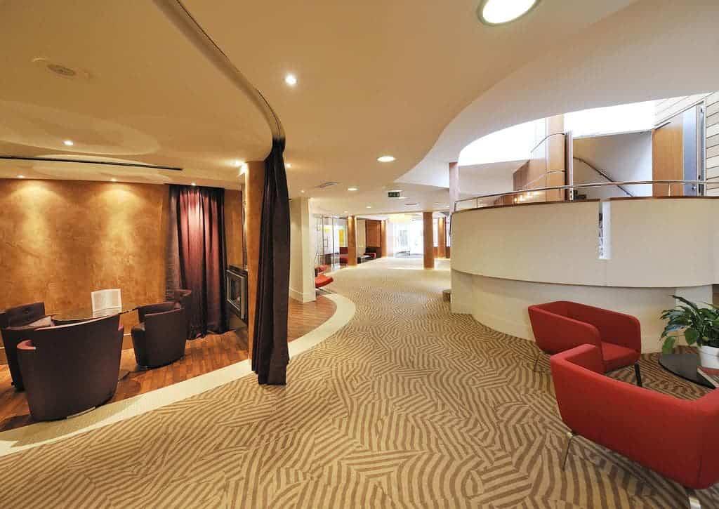 image2-1 افضل فنادق في انسي الفرنسية , خيار بديل عن السكن في جنيف