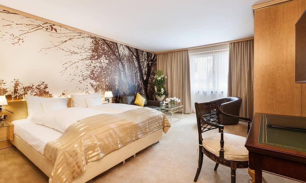غرفة نوم في فندق ديراغ ليفينغ دي ميديسي