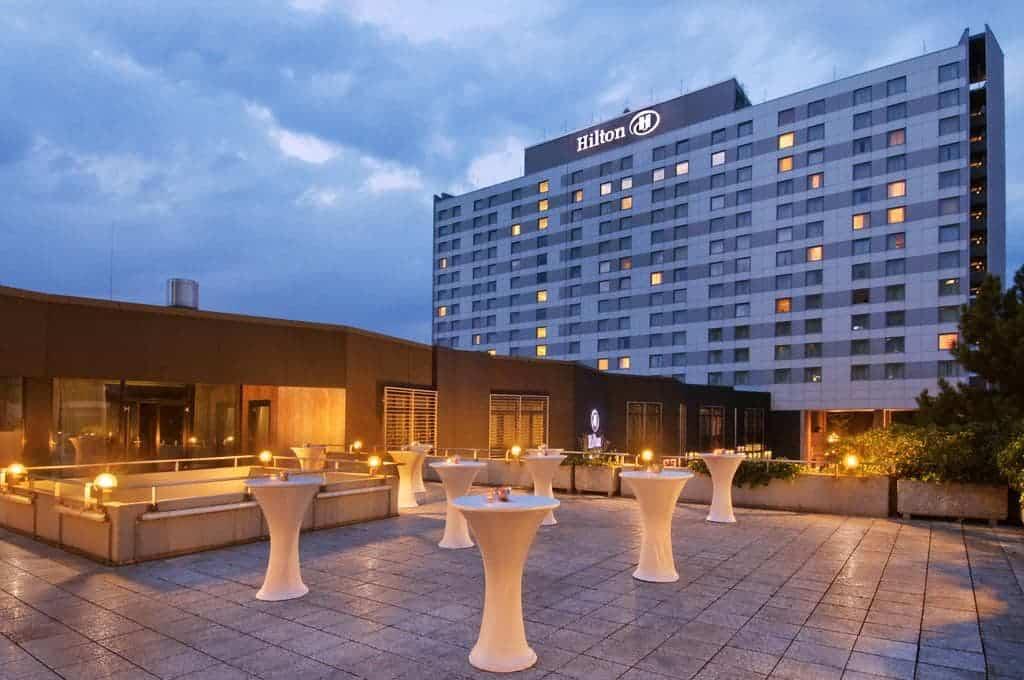 واجهة فندق هيلتون دوسلدورف