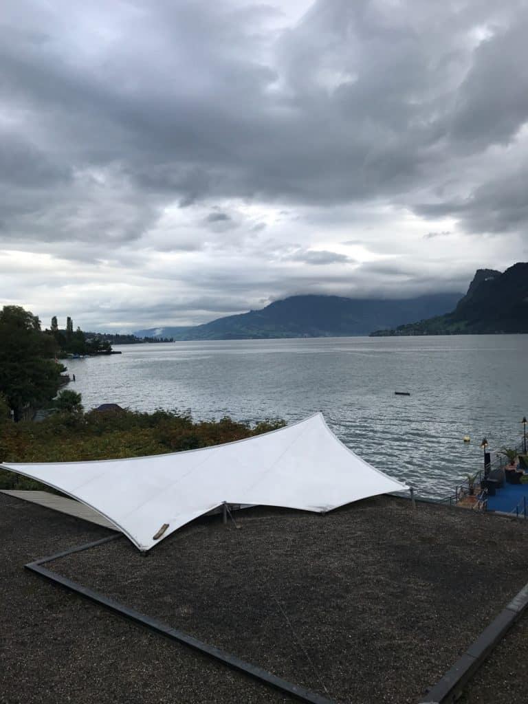 البحيرة القريبة من فندق سي هوتيل بيلاتوس