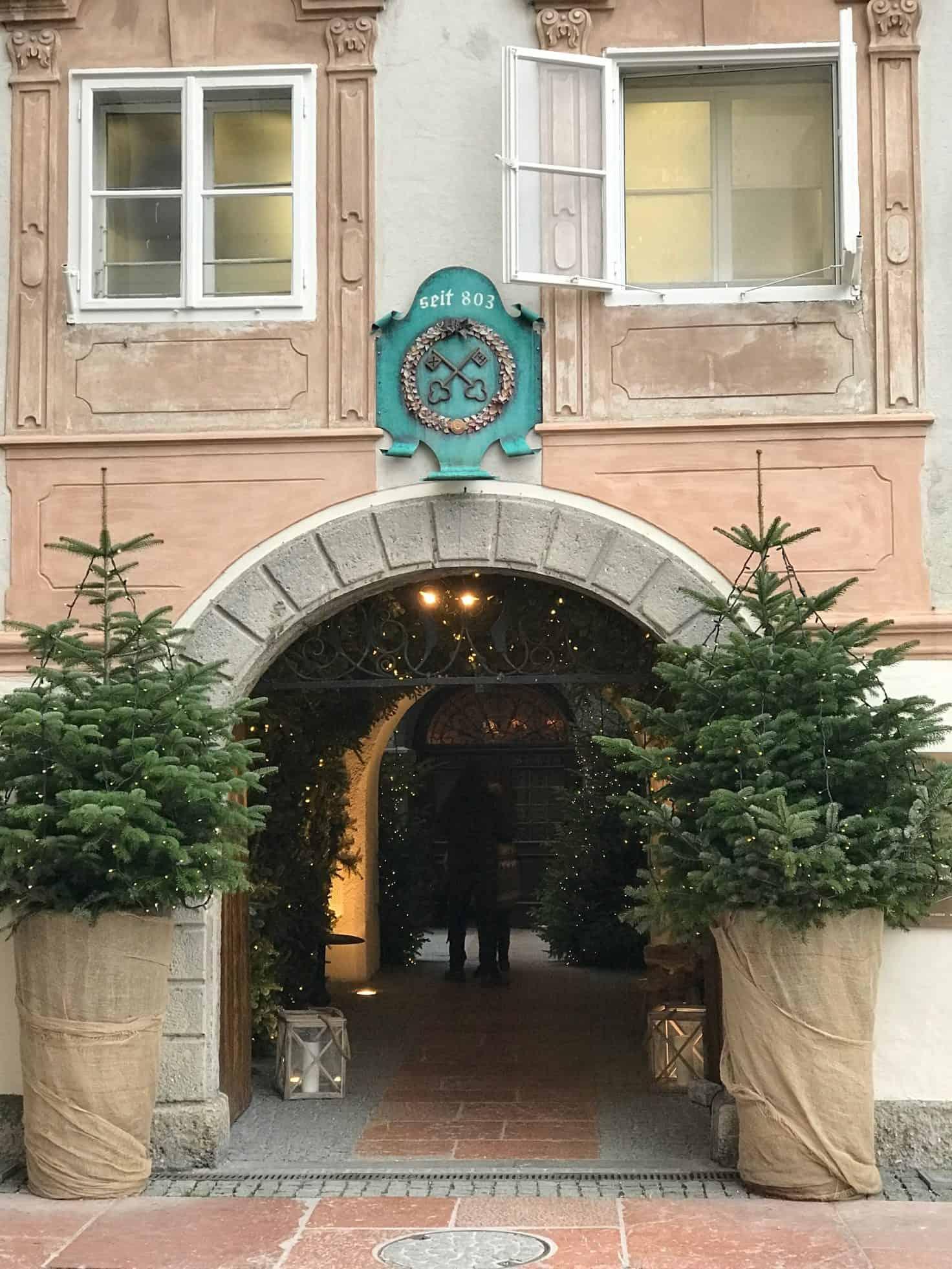 اقدم مطعم في العالم