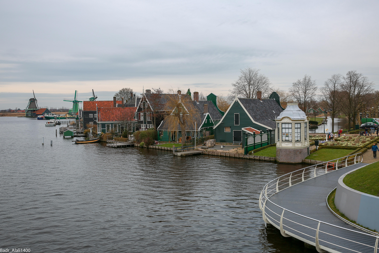 قرية الطواحين الهولندية زانس