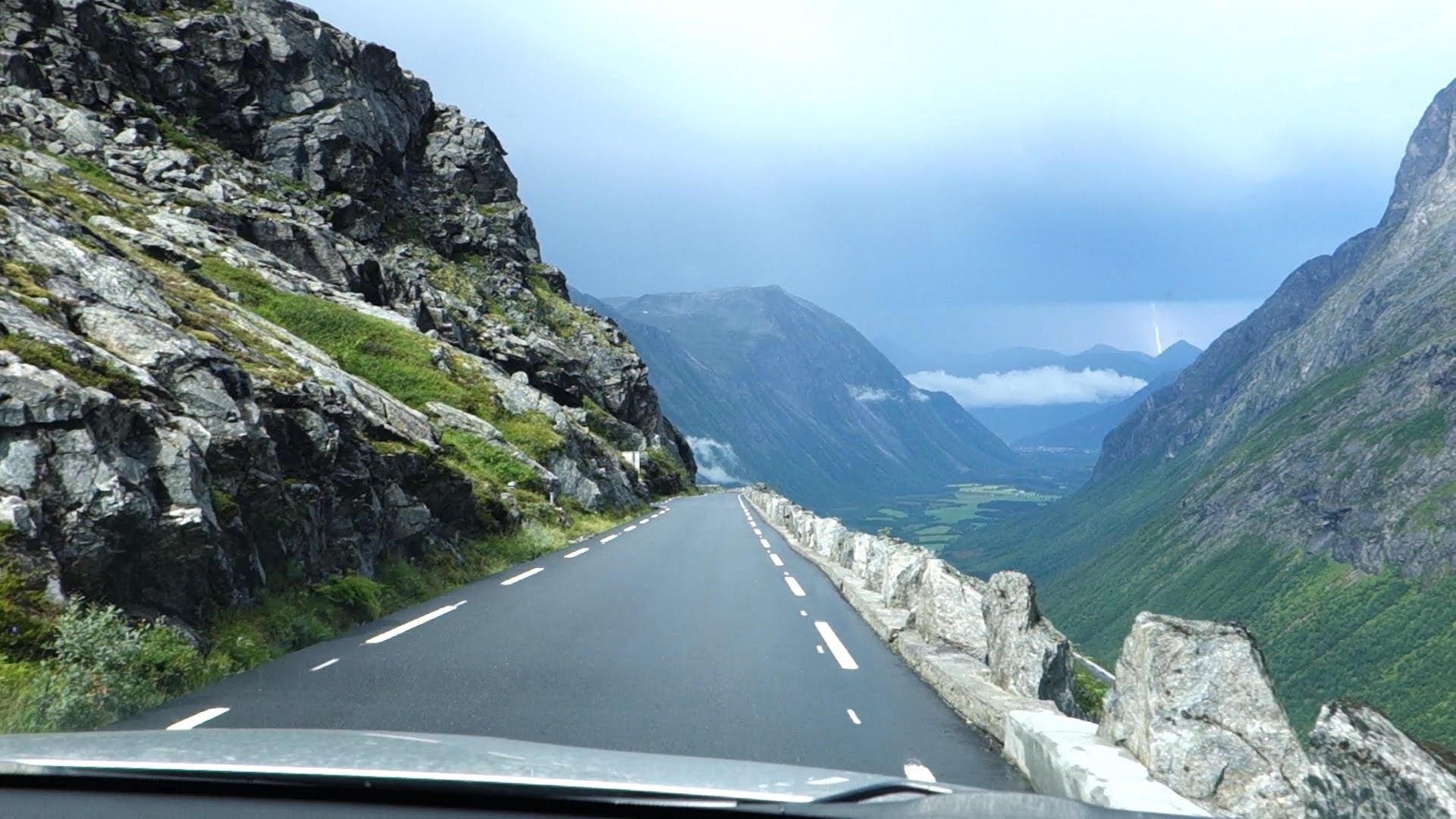 قيادة السيارة في النرويج :