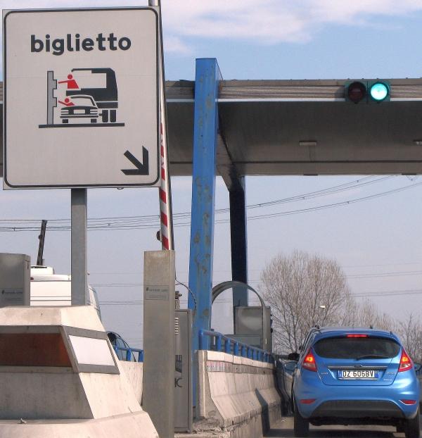 بوابات الطرق في ايطاليا