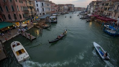 Photo of كيف تصل الى فينيسيا بسيارتك و اين تقوم بركنها في المدينة التي تمنع دخول السيارات ؟