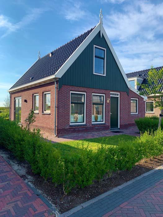 تجربتي في السكن باكواخ منتجع يورو باركس في ضواحي أمستردام