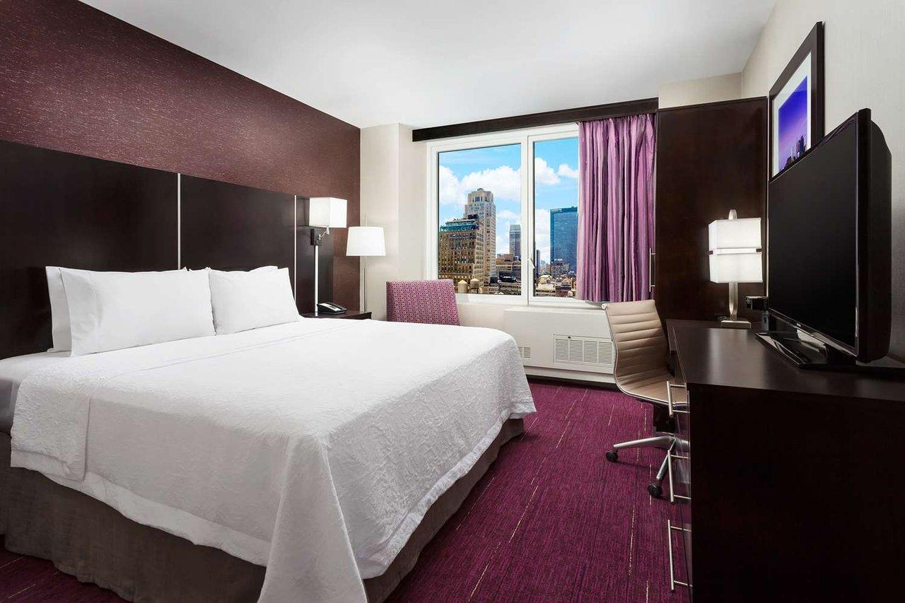 Image result for Hotel Hampton Inn Times Square Central